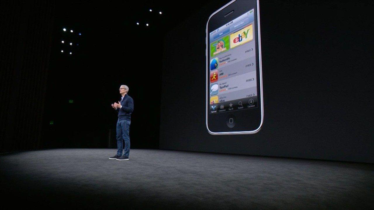 Tim Cook apresentando iPhone - Apple anuncia novos iPhone 8 e iPhone 8 Plus
