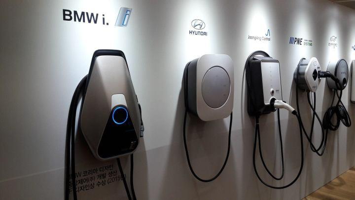 charger 2377021 1920 720x405 - 2018 pode ser ano da virada para carros elétricos