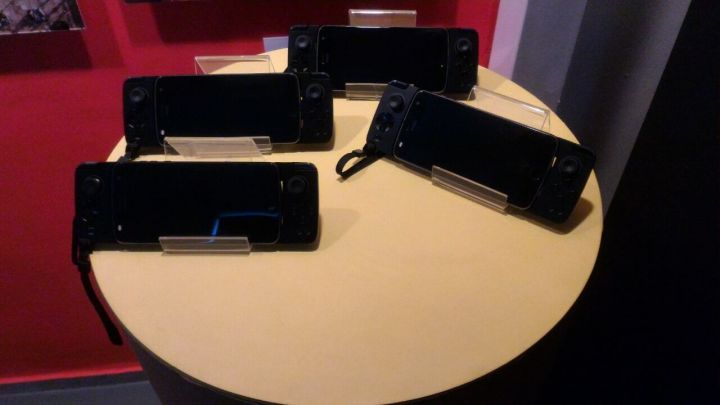 Em evento, Motorola explica as vantagens do Snap Gamepad 4