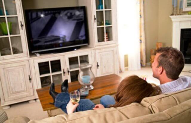 tv 2 - A televisão influencia sua opinião política?