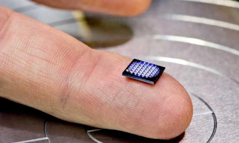 IBM produz computador do tamanho de um grão de sal