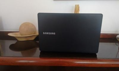 capa certa - Review: Samsung Essentials E34, um notebook de entrada com tela grande