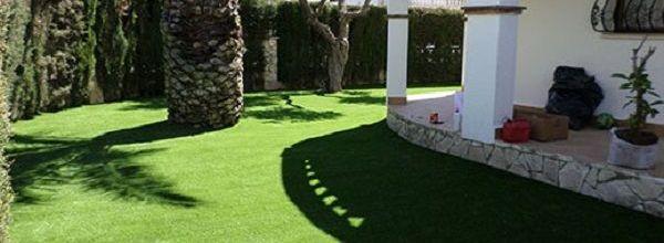 cesped artificial jardin para decorar casa