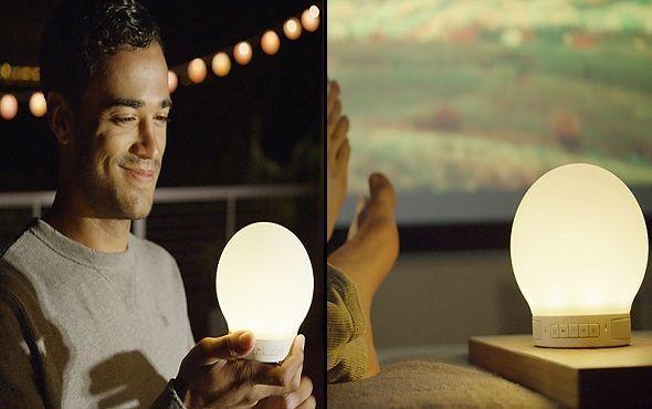 Lámpara despertador y altavoz Smart