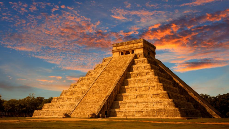 Pirámides y Tamales