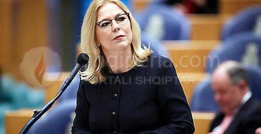 "Taulant Balla gënjeu. Deputetja holandeze Van Toorenburg: ""Nuk e njoh Lulzim Bashën"". -"