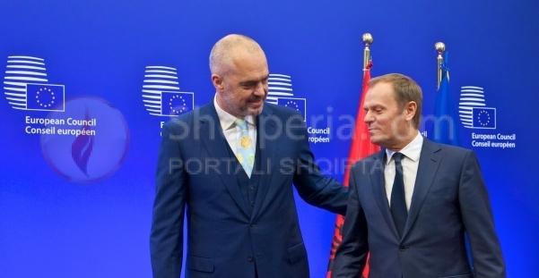 Shqipëria në fund/ Çfarë tha Donald Tusk në Shkup, që nuk e tha në Tiranë
