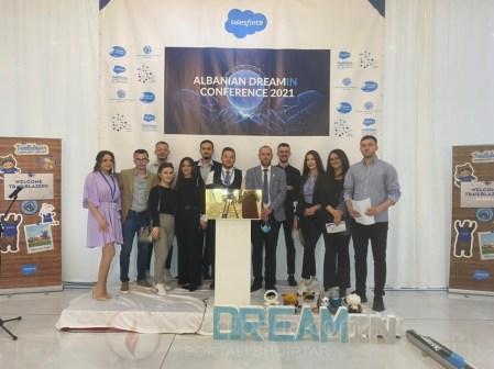 Albanian Dreamin' u organizua në Tiranë me 22 Maj 2021 për vitin e dytë rradhazi me një vizion të përbashkët që është të fuqizohen të rinjtë në programet Salesforce nëpërmjet bashkëpunimit, edukimit, rrjetëzimit dhe ndarjen e njohurive për të përmirësuar forcën punëtore dhe profesionalizmin në vend.