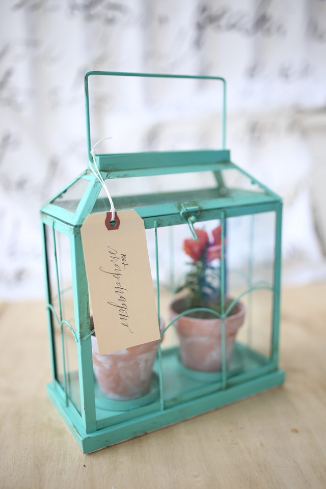 Easy DIY Flower Terrarium With a Pretty Hand Lettered Floral Label Gift Tag