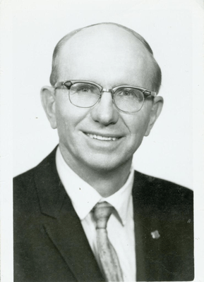 Warren Wendel Bruening