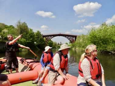 Coach group raft tours