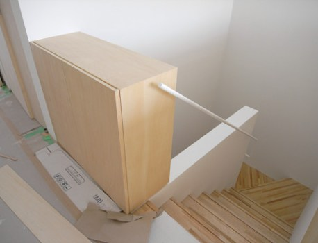 階段手摺 の納まりがシンプルで、とてもスッキリしています