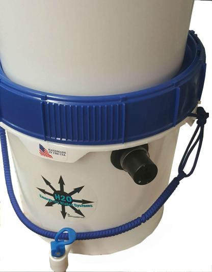 Gravity Well Ultra UVC Water Filter showing UV Lamp
