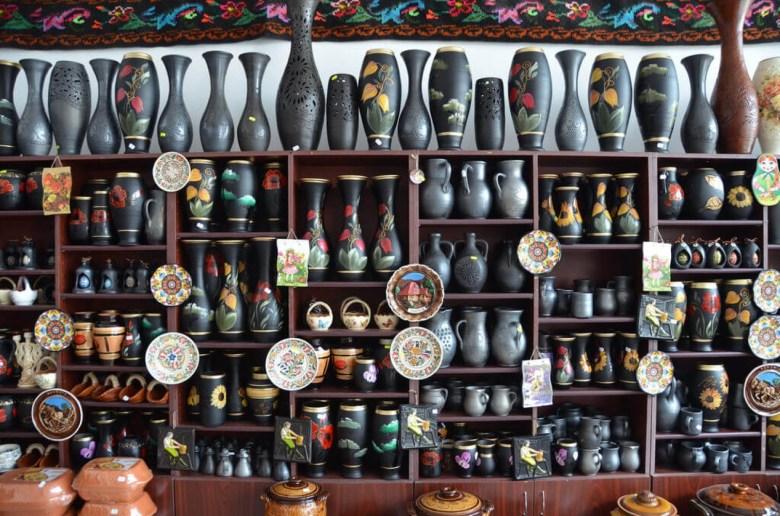 România e singurul loc din Europa unde se produce ceramică neagră
