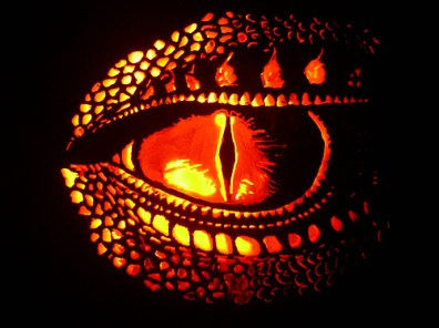 saphiras eye carved2