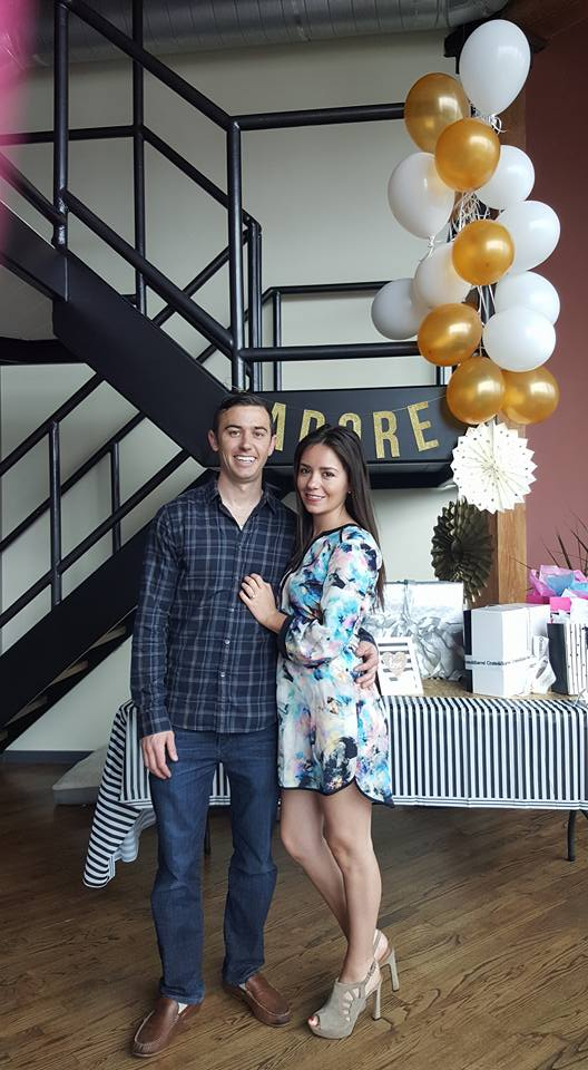 Black&White-bridal-shower-couple