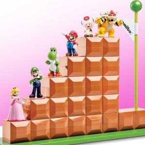 Super Mario Amiibo Display Stand