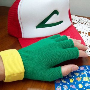 Pokemon Ash Ketchum Hat & Gloves