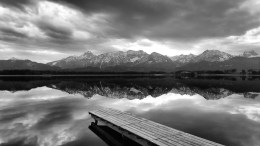 Monochromatic Photos a Complete Guide For Beginners
