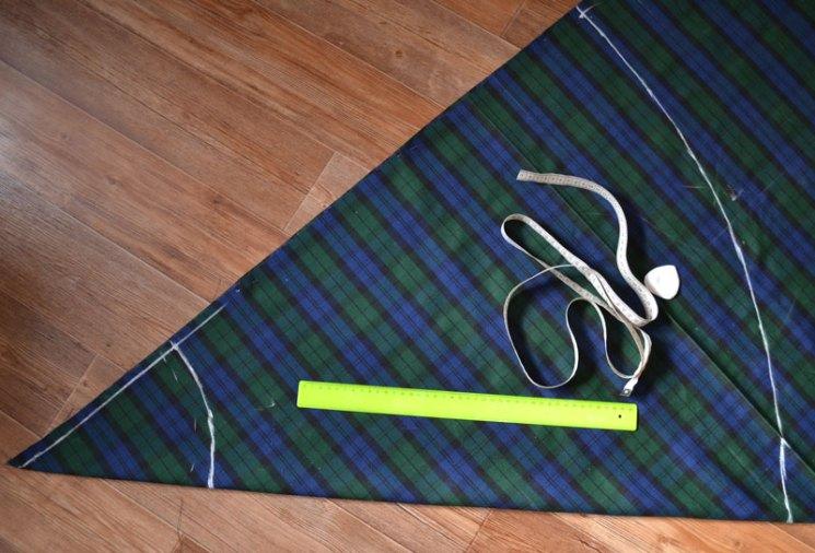 Построение чертежа юбки-полусолнце