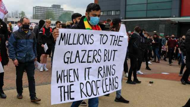 Manchester United fans protests the Glazers ownership