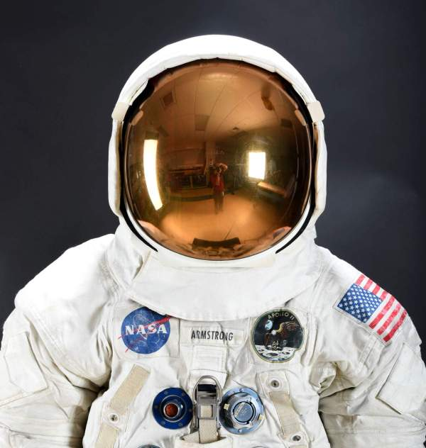 Neil Armstrong's Apollo 11 Spacesuit To Go On Display July ...