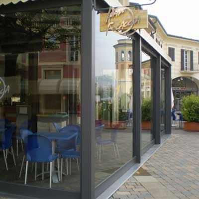 Vetrine nogozi Veranda Outlet Serravalle