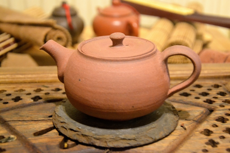 SiamTeas Signature Yixing Teekanne, 200ml, red clay, unglazed, made according to SiamTeas specifications