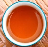DMS Jin Xuan Black Pearls Shcwarzer Tee in der Tasse / Aufguss