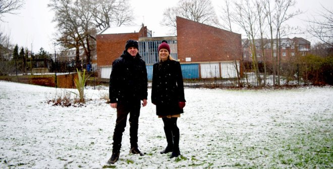 Sian Berry with Rob Clayton at Grove Park Youth Club in Lewisham