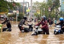 5 Macam Usaha Kecil Yang Menguntungkan Pasca Banjir