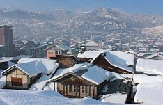 A view of snow covered roofs of houses on a sunny winter day at at Bhaderwah town located in the foothills of Himalaya, beneath the historical fort built in 1733 by the kings of Chamba, around 200 km from Jammu city, in Jammu and Kashmir on Monday. UNI PHOTO-3U