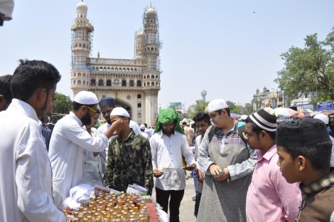 Muslims gathered at to Mecca Masjid offer first Juma prayers of ongoing holy month of Ramzan.Photo:Mazher