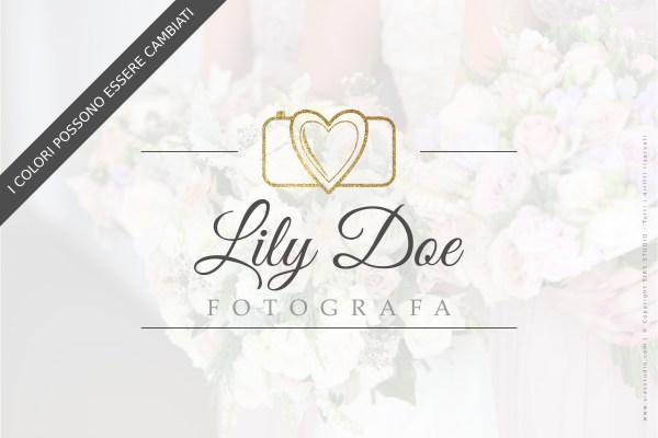 """Logo design per fotografi """"Lily"""" con macchina fotografica con brillantini"""