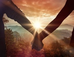 A kthehet miqesia ne dashuri?! Ja si e kuptoni edhe ju vete.