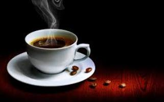 Efekti i pa-pelqeyeshem i kafese ne trupin e vajzave. studim kafe produkt konsumimi i kafese