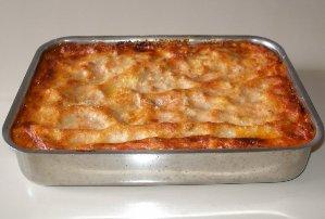 Makarona ne furre me salce djathi. Receta gatimi italiane.