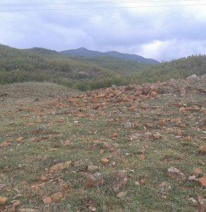Fusha e Paperdhokut. Thesari arkeologjik qe kerkon vemendje dhe perkushtim. Fshati i Kalorit fisi i pirusteve qyteti i Lezhes.