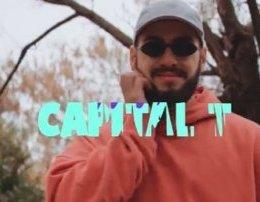 Capital T - Uno (Teksti) Veq pak kerri jem ka shum ngjyrat e dhezta
