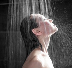 Te besh dush cdo dite, higjiene apo rrezik?? organizmi lekura