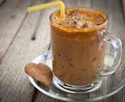 Menyrat me te lehta sesi te pergatisni kafe te ftohte edhe vete ne shtepi.