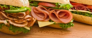 Sandwich i shpejte qe ta merrni ne plazh. Receta Gatimi.