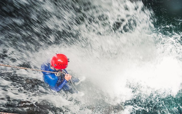 canyoning-ariege-pyrenees-10