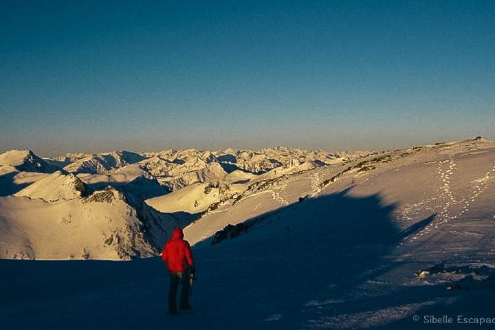Raquette à neige Ariège Sommet Péric