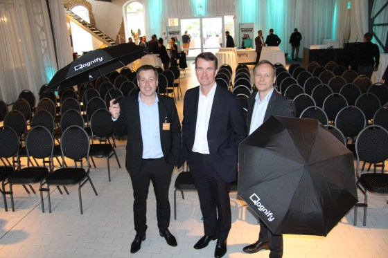 Qognify-CEO Steve Shine (Mitte), Andreas Beerbaum (links), Vice President International Sales, und Stephan Rasp, Vice President Business Transformation.