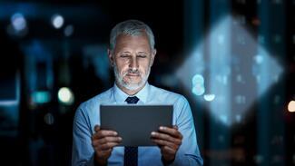 Wie kann ich mich im Homeoffice vor Cyberangriffen schützen? Rhode & Schwarz gibt dazu Tipps.