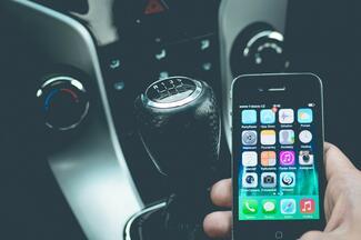 Smartphone-basierter Zugang ist elementar für Car-Sharing und andere Mobility-Services.
