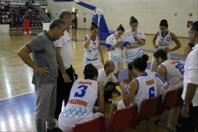 Timeout coach Musumeci - Maddalena Vision Palermo - photo Angelo Vincenzo Salamone