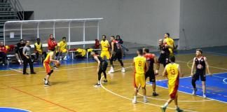 Sicily Express Courier Nuova Pallacanestro Messina - Basket School Gela - NPM in attacco