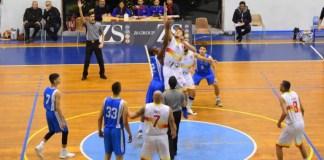Palla a due Basket School Messina - Orlandina Lab